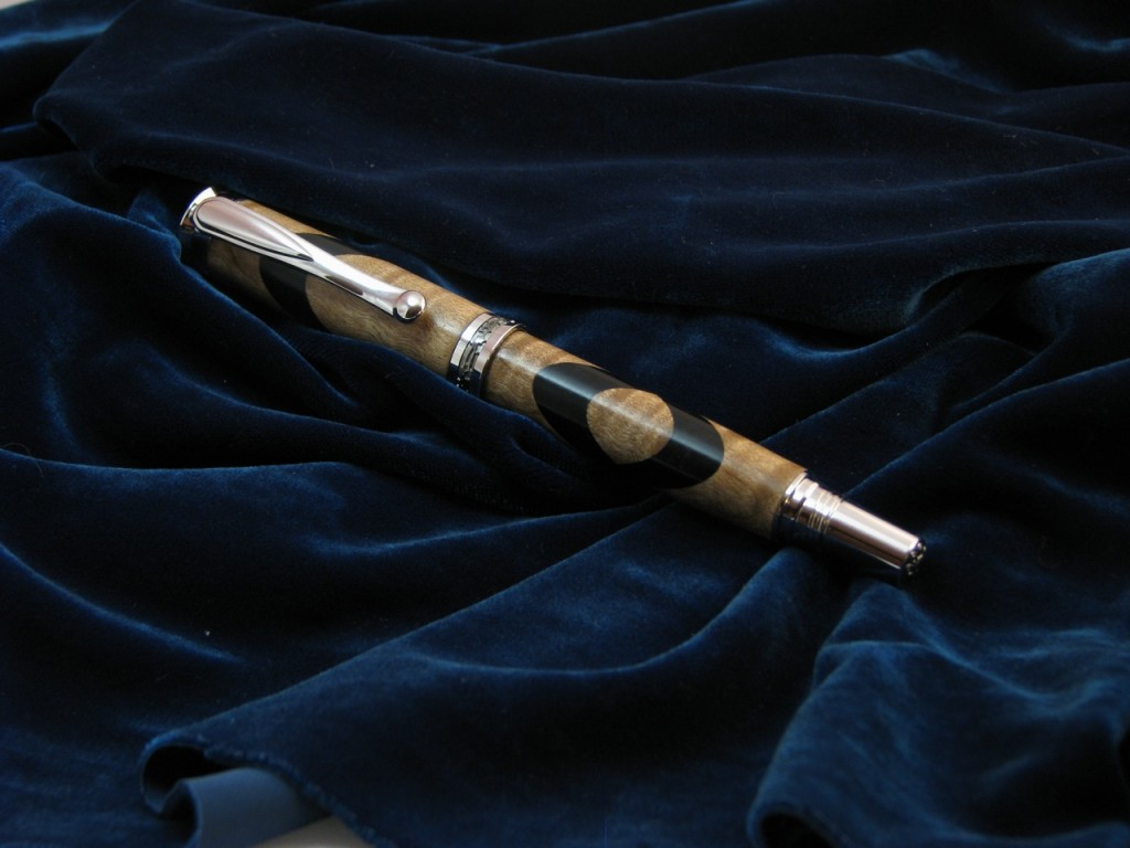 One of my all time favourite pens, maple burl with african blackwood inlay